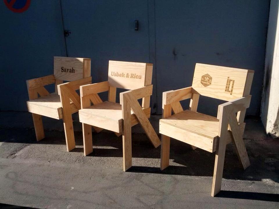 Makerfaire ici montreuil sur le stand de la makerbox for Fabriquer une chaise en bois