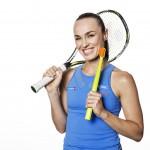 Sponsoring : la championne de tennis Martina Hingis ambassadrice de Curaprox