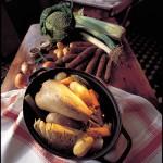 Une poule en cocotte - menu de l'Auberge Ravoux